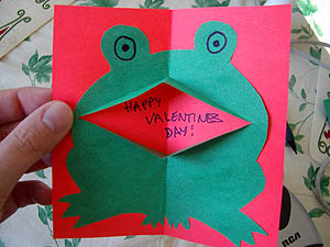 Make your own Pop-Up Froggy Card!